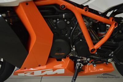 KTM RC8 1190R - 2014 (24).JPG