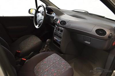 Mercedes-Benz A160 - 2005 (22).JPG