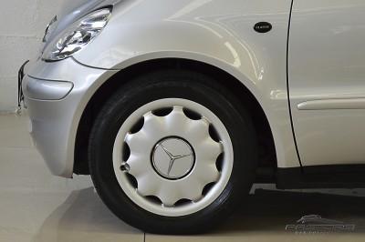 Mercedes-Benz A160 - 2005 (10).JPG