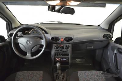 Mercedes-Benz A160 - 2005 (5).JPG