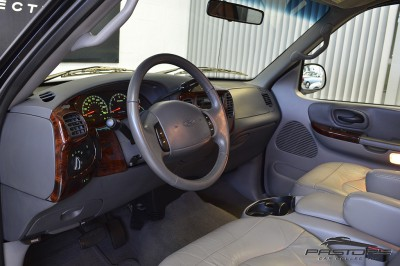 Ford F150 Lariat - 2001 (4).JPG