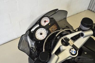 BMW K1200R 2008 (4).JPG