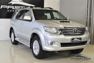 Toyota Hilux SW4 SRV - 2013 (8).JPG