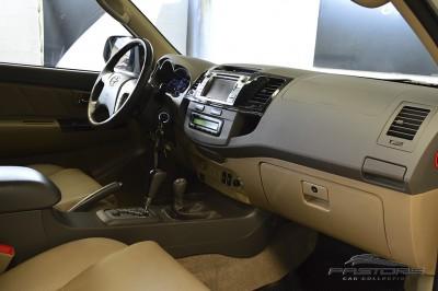 Toyota Hilux SW4 SRV - 2013 (20).JPG
