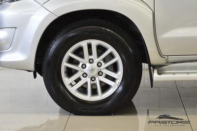 Toyota Hilux SW4 SRV - 2013 (9).JPG