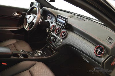 Mercedes-Benz A45 AMG - 2014 (44).JPG