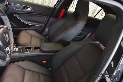Mercedes-Benz A45 AMG - 2014 (35).JPG