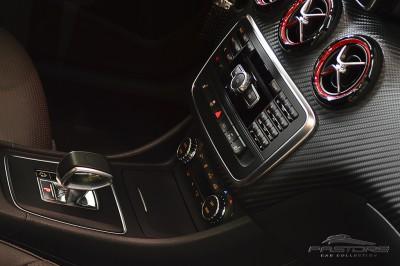 Mercedes-Benz A45 AMG - 2014 (46).JPG