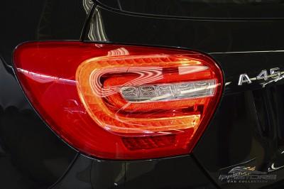 Mercedes-Benz A45 AMG - 2014 (25).JPG