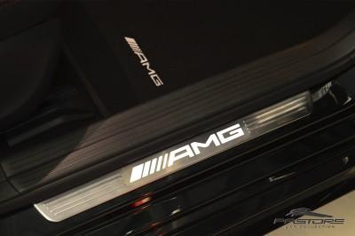 Mercedes-Benz A45 AMG - 2014 (45).JPG