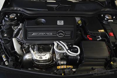 Mercedes-Benz A45 AMG - 2014 (6).JPG