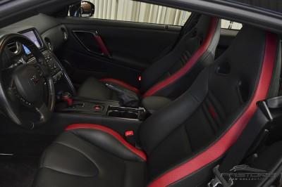Nissan GT-R Black Edition - 2012 (32).JPG