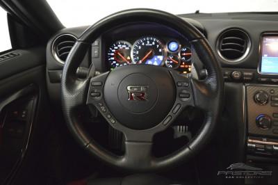 Nissan GT-R Black Edition - 2012 (38).JPG