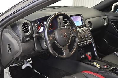 Nissan GT-R Black Edition - 2012 (31).JPG