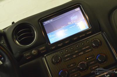 Nissan GT-R Black Edition - 2012 (40).JPG