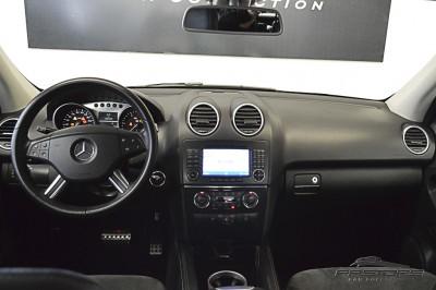 Mercedes-Benz ML320 CDI - 2008 (5).JPG
