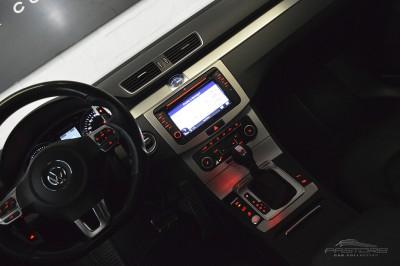 VW Passat 2.0 TSI - 2012 (25).JPG