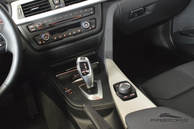 BMW 320i Active Flex - 2014 (18).JPG