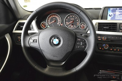 BMW 320i Active Flex - 2014 (19).JPG