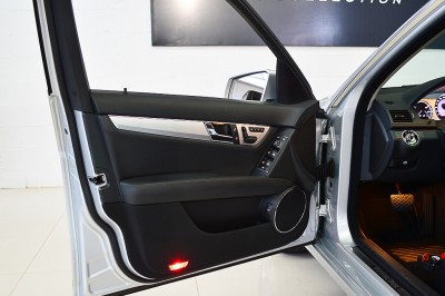 Mercedes-Benz C280 (12).JPG